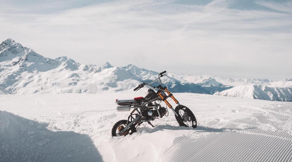 Spikes Motorradreifen im Test