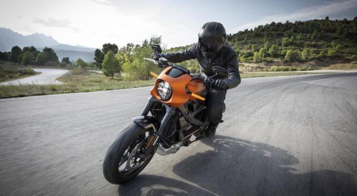 Sporttourer Motorradreifen Test