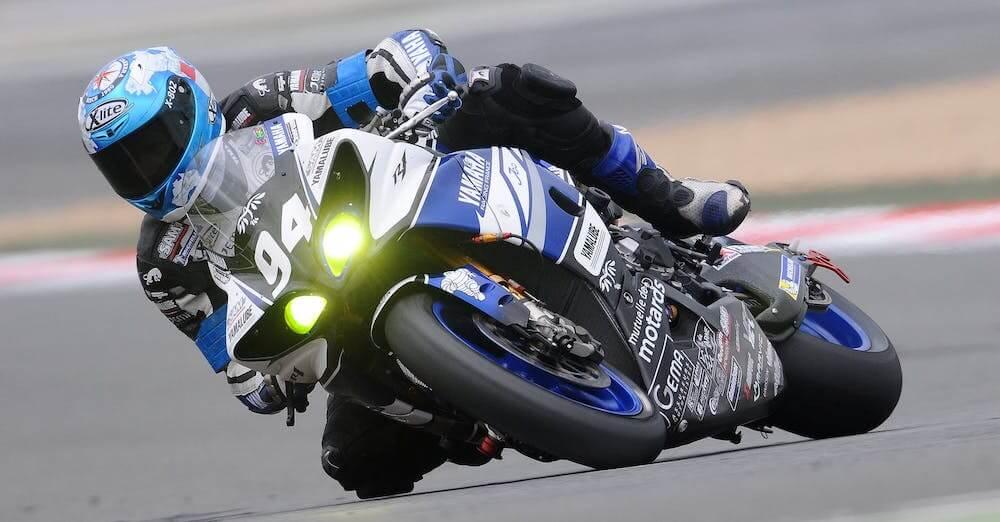 Michelin Power GP auf trockener Strecke
