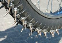 Spikereifen für Motorrad